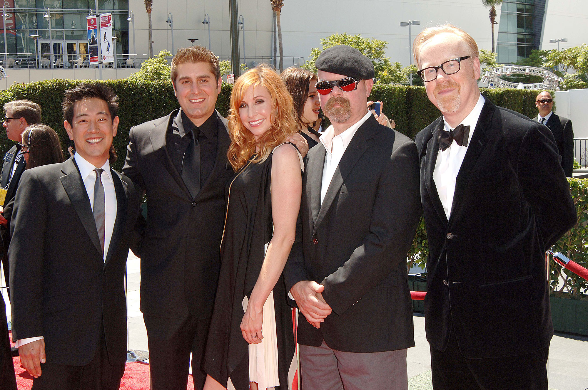 Grant Imahara Mythbusters Dead Cohosts Pay Tribute