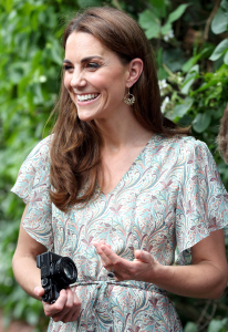 Duchess Kate Says Her 3 Kids Dont Love Being Her Photo Subjects