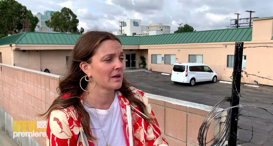 Drew Barrymore Tears Up Visiting the Institution She Was Sent to at 13 2